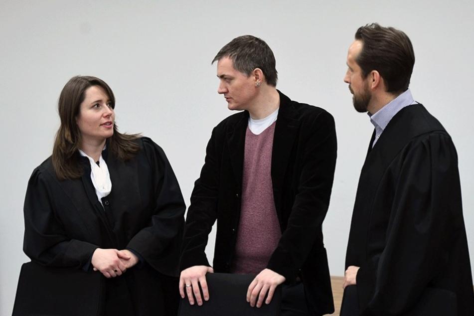 Peer Jürgens (Mi.) wurde wegen Betrugs und Wahlfäschung verurteilt