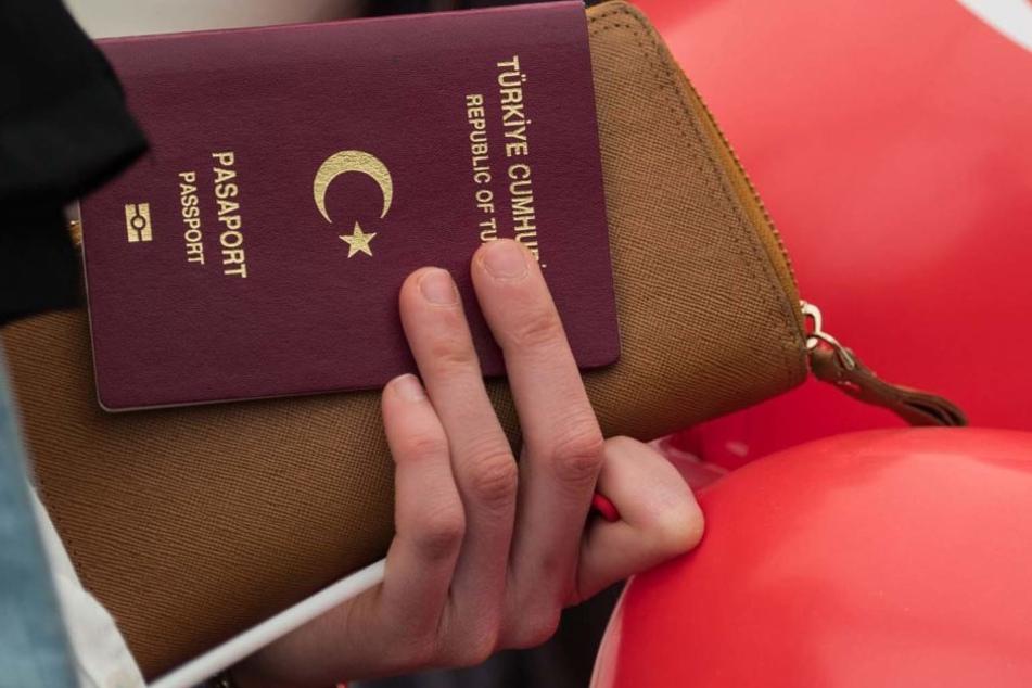 Angst vor Erdogan: Immer mehr Menschen aus der Türkei stellen auch in Sachsen Asylanträge.
