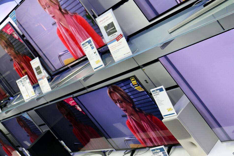 Hier bekommt Ihr ab Montag (17.5.) Fernseher 50% günstiger