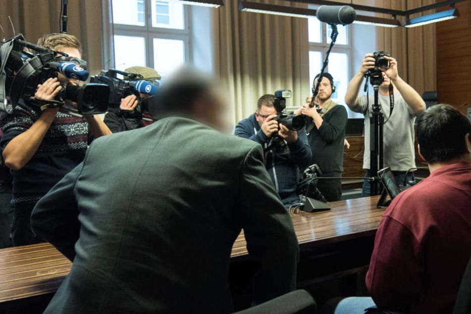 Im Freiburger Mordprozess um Hussein K. lassen Aussagen eines Mithäftlings die Angaben des Angeklagten anzweifeln.