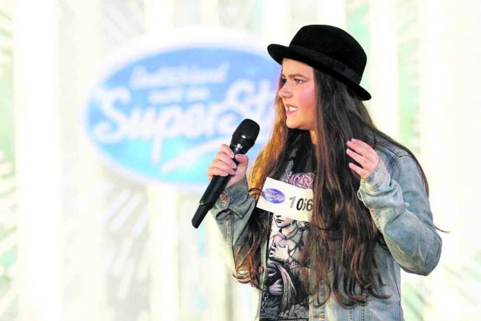 "Die Chemnitzerin Liliana Döring (16) singt am Sonnabend bei DSDS ""Love You Like A Love Song"" von Selena Gomez."