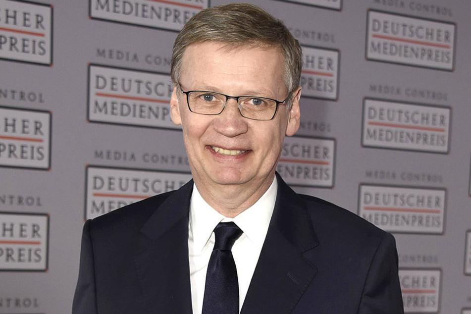 Selbst bei einer richtigen Pannenshow bleibt Moderator Günther Jauch (60) die Ruhe selbst.