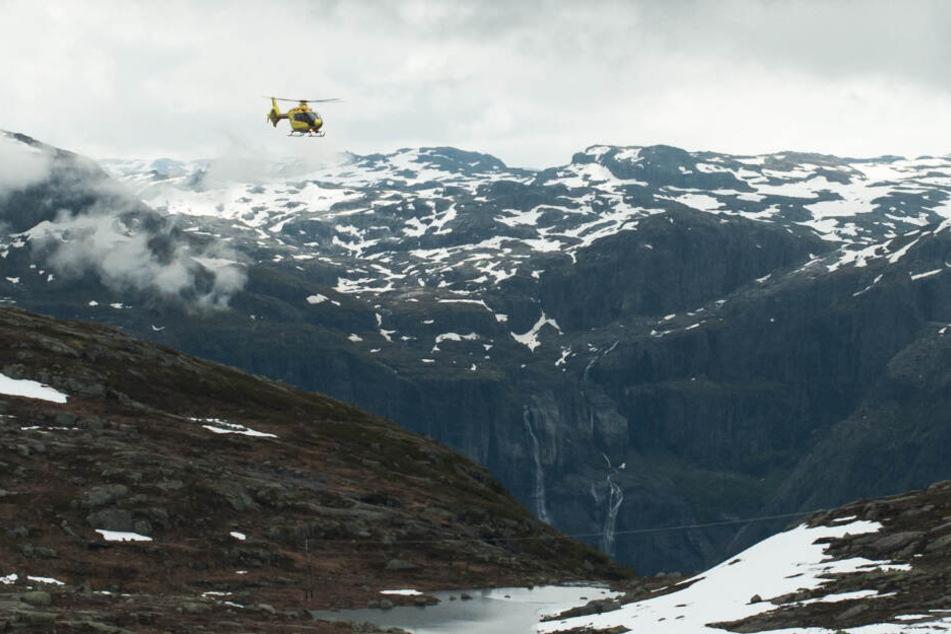 Neben der Bergrettung Mittelberg-Hirschegg waren auch der Christophorus und ein Polizei-Hubschrauber im Einsatz. (Symbolbild)