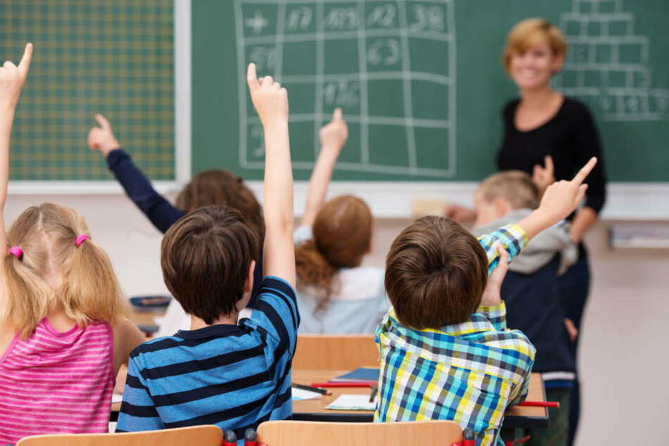 In Hessen soll es bis zum Jahr 2030 50.000 Schüler geben (Symbolbild).