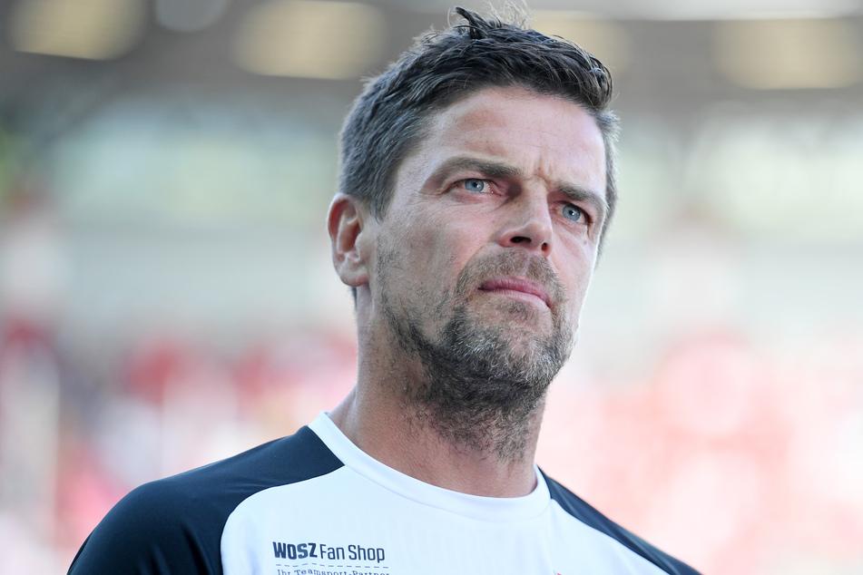 Ein möglicher Nachfolger ist Torsten Ziegner (43), der derzeit noch beim Halleschen FC unter Vertrag steht - allerdings nur bis zum 30. Juni dieses Jahres.