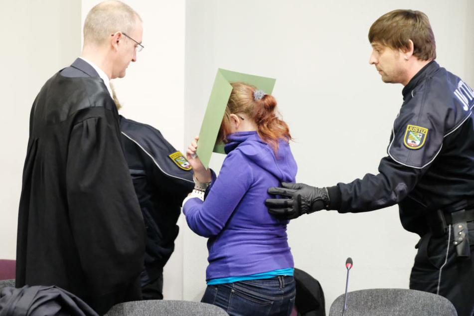 Seine Ex-Freundin Xenia I. (21) wurde zu fünf Jahren und sechs Monaten verurteilt.