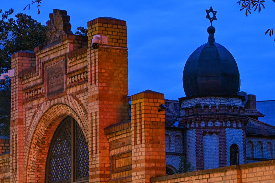 Am 9. Oktober 2019 hatte ein schwer bewaffneter Rechtsextremist versucht, die Synagoge in Halle zu stürmen. Es ist längst kein Einzelfall mehr.