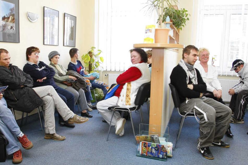 Die Not mit der Notversorgung: Wer außerhalb der Praxiszeiten einen Arzt braucht, muss sich in Chemnitz wohl bald auf volle Wartezimmer einstellen.