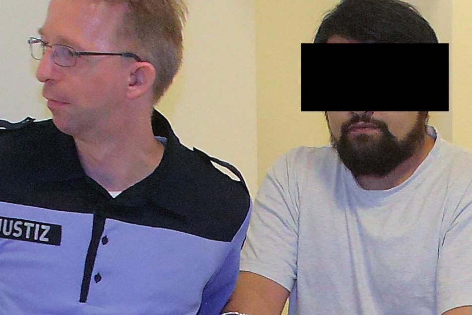 Rentner-Abzocker Jakub B. (29) sitzt seit Januar in U-Haft.