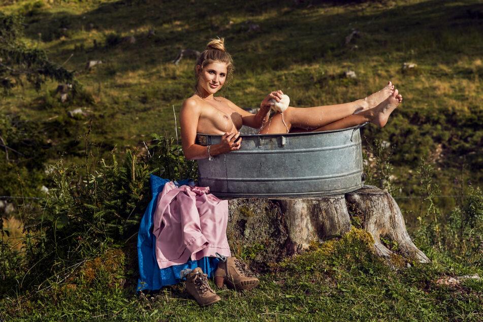 Vanessa Teske legte das Dirndl beim Playboy-Shooting auch ab.