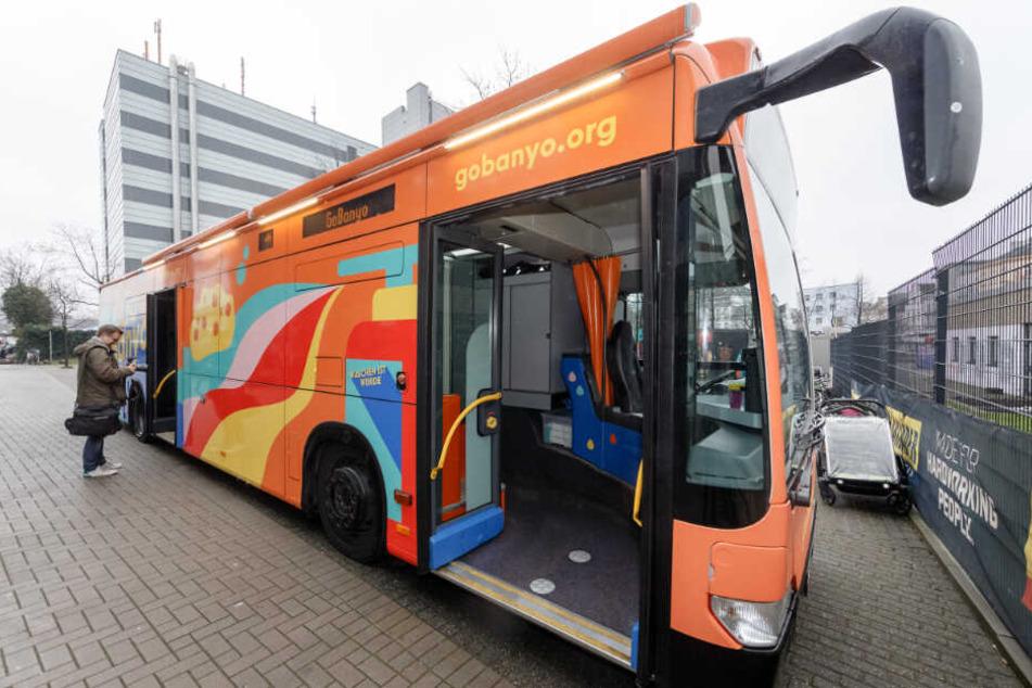 Ab Samstag fährt der Dusch-Bus durch Hamburg.