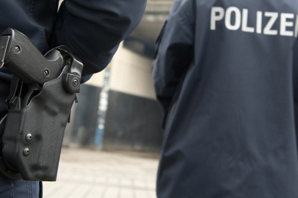 Die Polizei nahm die Männer in Hamburg fest. (Symbolbild)