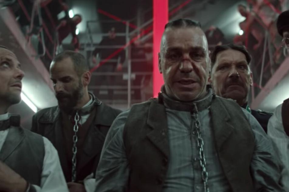 """Warum muss man """"Deutschland"""" von Rammstein kritisieren?"""