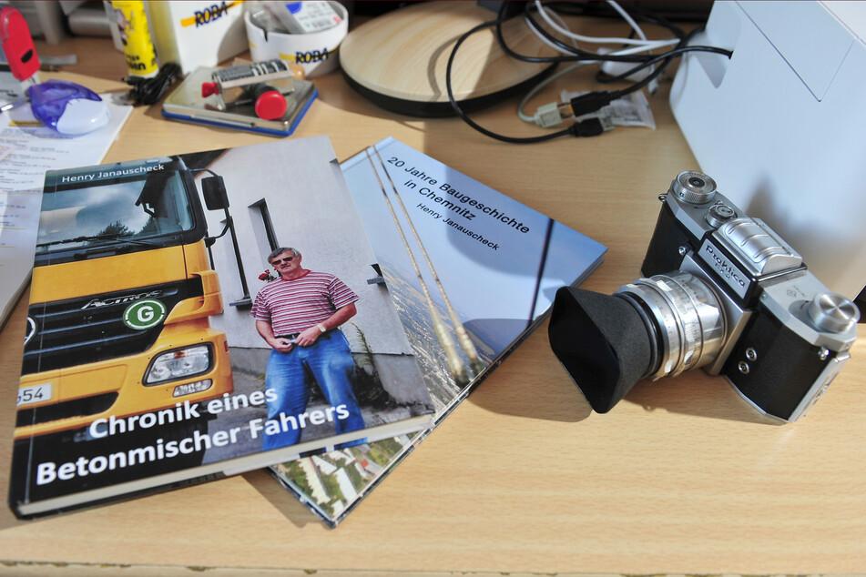 Der Rentner und Hobbyfotograf besitzt Tausende Baustellenbilder.