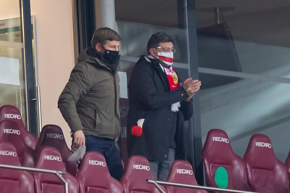 Die Schlammschlacht zwischen Thomas Hitzlsperger (l.) und Claus Vogt (r.) kostete bei den VfB-Fans Vertrauen.