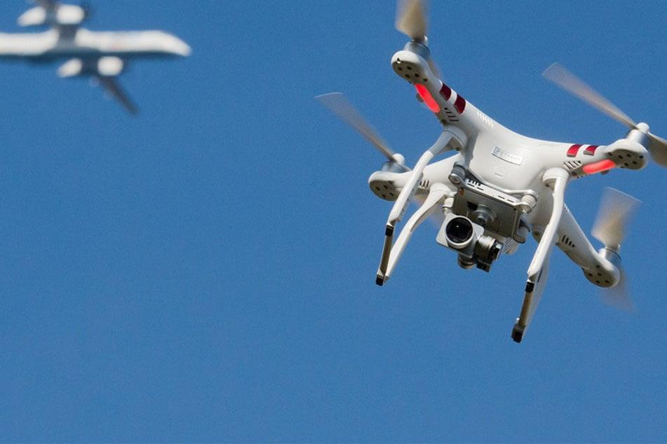 Immer mehr Drohnen gefährden den Flugverkehr - auch in Dresden.