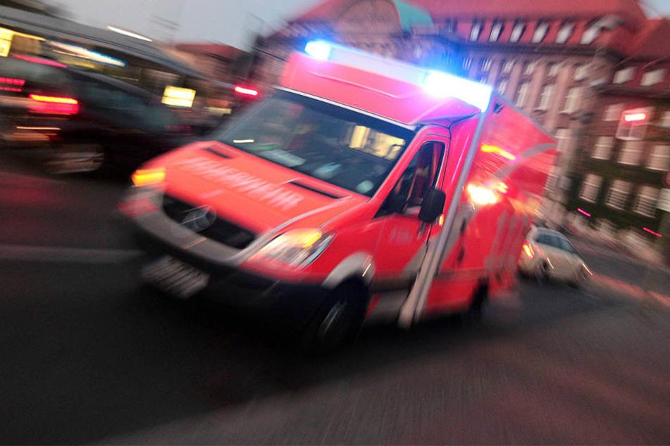 Auf der A1 ist eine Frau bei einem Verkehrsunfall ums Leben gekommen.