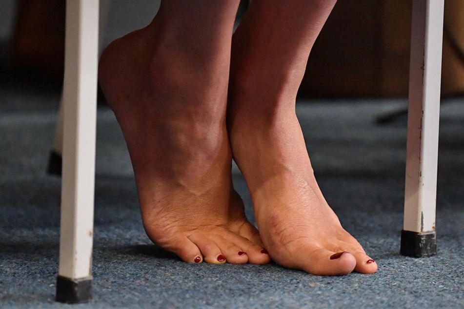 Die Füße von Meghan, Herzogin von Sussex, während eines Besuchs in Neuseeland.