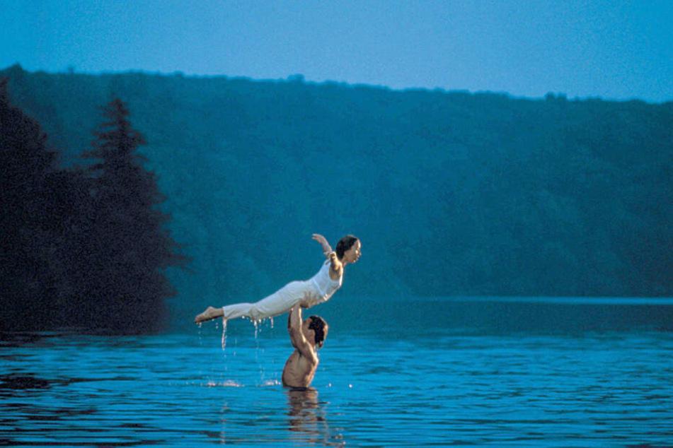 """Nah am Original und immer noch beliebt: Seit dem Jahr 2010 findet im Lake Lure in North Carolina das """"Dirty-Dancing""""-Festival um den Kultfilm statt."""