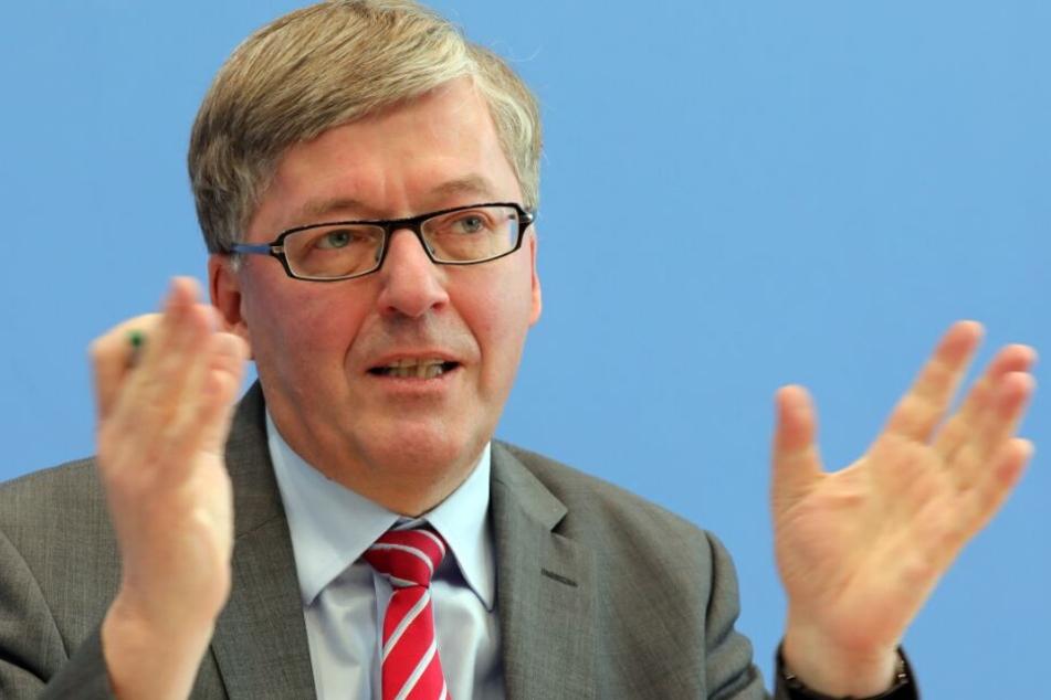 Laut Bartels soll die Einstellung Minderjähriger in der Bundeswehr eine Ausnahme bleiben.