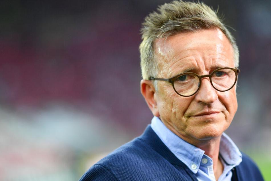 Norbert Meier muss nach nur sieben Spielen seinen Hut in Uerdingen nehmen.