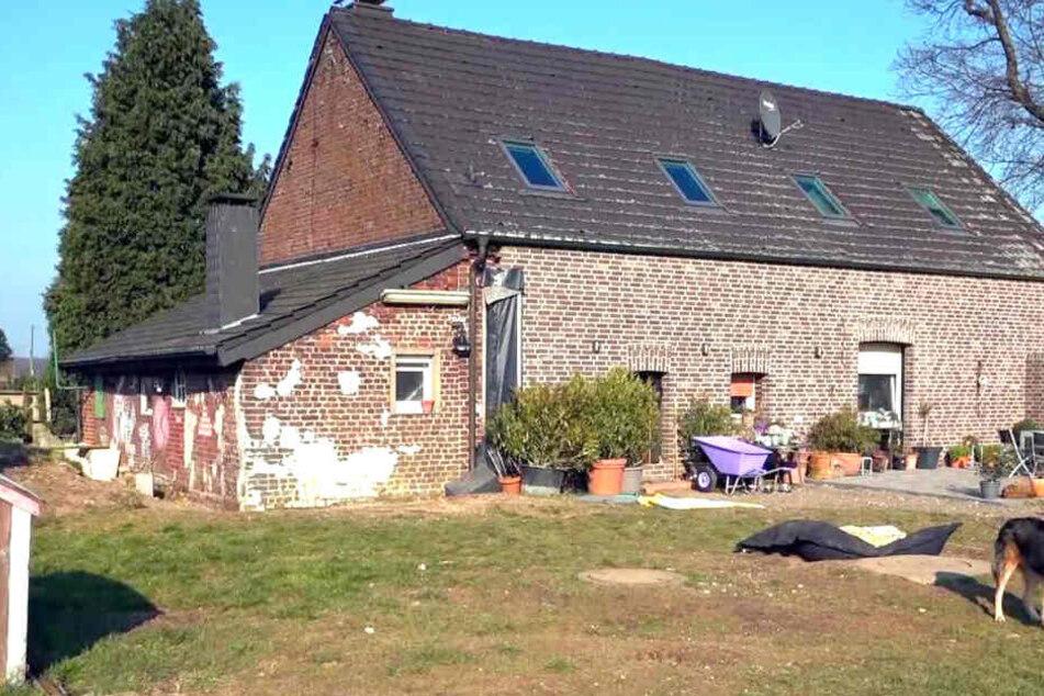 Dieses alte Bauernhaus der Familie soll renoviert werden.