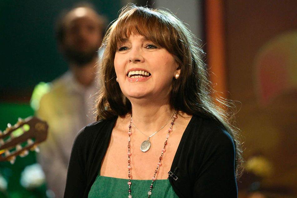 Auch Monika Herz (66) lässt sich den Auftritt in der Lausitzhalle nicht nehmen.