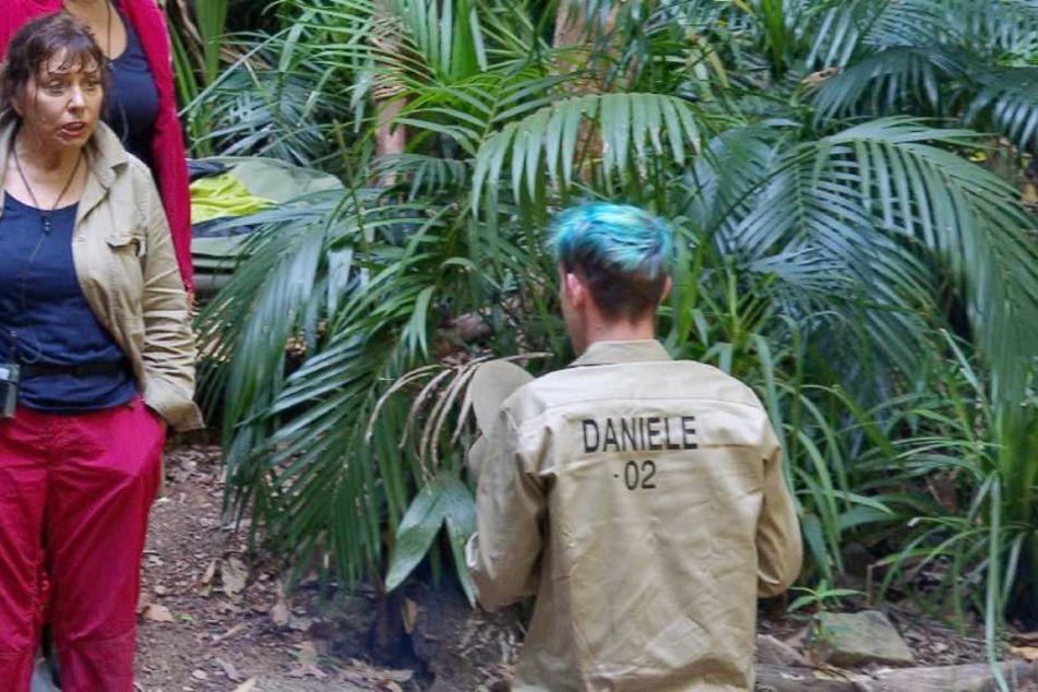 Acht Tage ohne Essen? Da müssen doch Hilfsmittel im Spiel sein - vermutet Daniele.