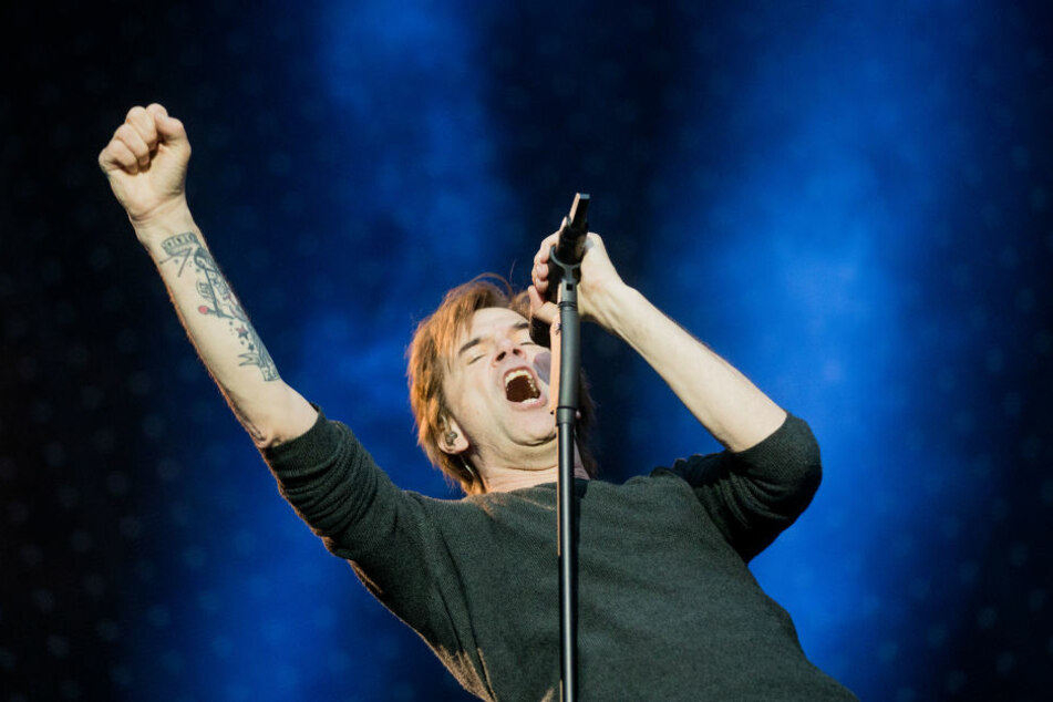 """Wegen eines Hörsturzes bei Sänger Campino (55) müssen """"Die Toten Hosen"""" erneut Konzerte absagen."""