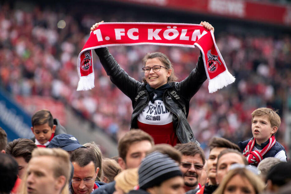 Können die Fans des 1. FC Köln ihren Verein aus der Misere jubeln?