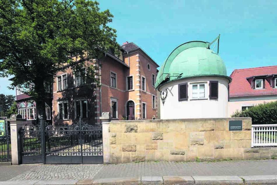 Auf dem Weißen Hirsch an der Plattleite stehen die berühmte Sternwarte und  die Villa des Forschers.