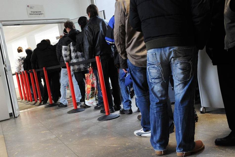 Mehr als die Hälfte aller anerkannten Flüchtlinge in Deutschland ist arbeitslos.