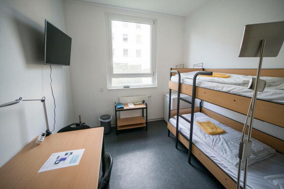 Insgesamt 128 Zimmer stehen den Rückkehrern in dem noch recht neuen Block zur Verfügung.