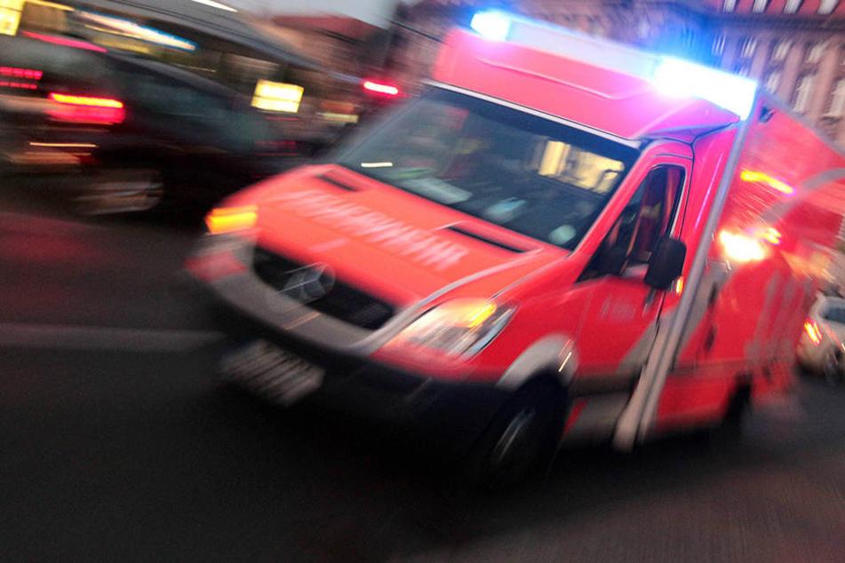 In Hamburg wurde eine Vierjährige lebensgefährlich verletzt bei einer Notfallpraxis abgegeben.