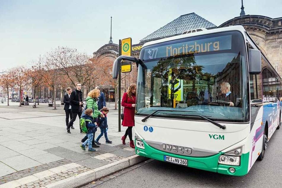 Die neue Linie 477 ersetzt als PlusBus die alten Linien 457 und 326. Sie startet am Bahnhof Neustadt, fährt über Moritzburg bis nach Großenhain.