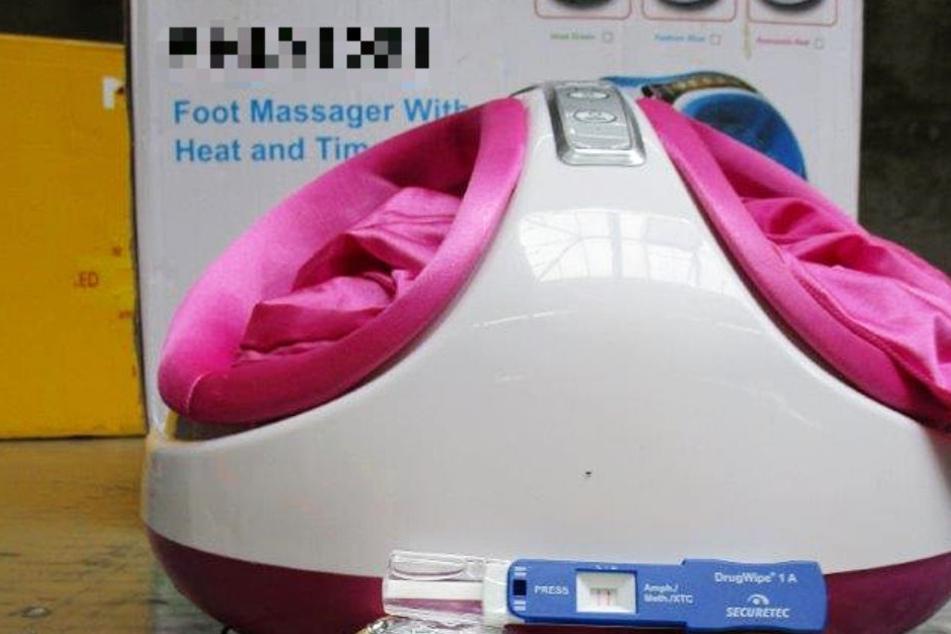 In diesem Massagegerät machten die Zollbeamten die erstaunliche Entdeckung.