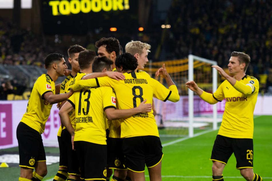 Borussia Dortmund durfte dreimal ein eigenes Tor bejubeln.