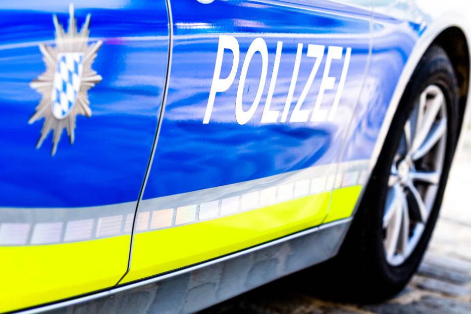 Bei einer Verkehrskontrolle hat ein Betrunkener einen Polizisten attackiert. (Symbolbild)