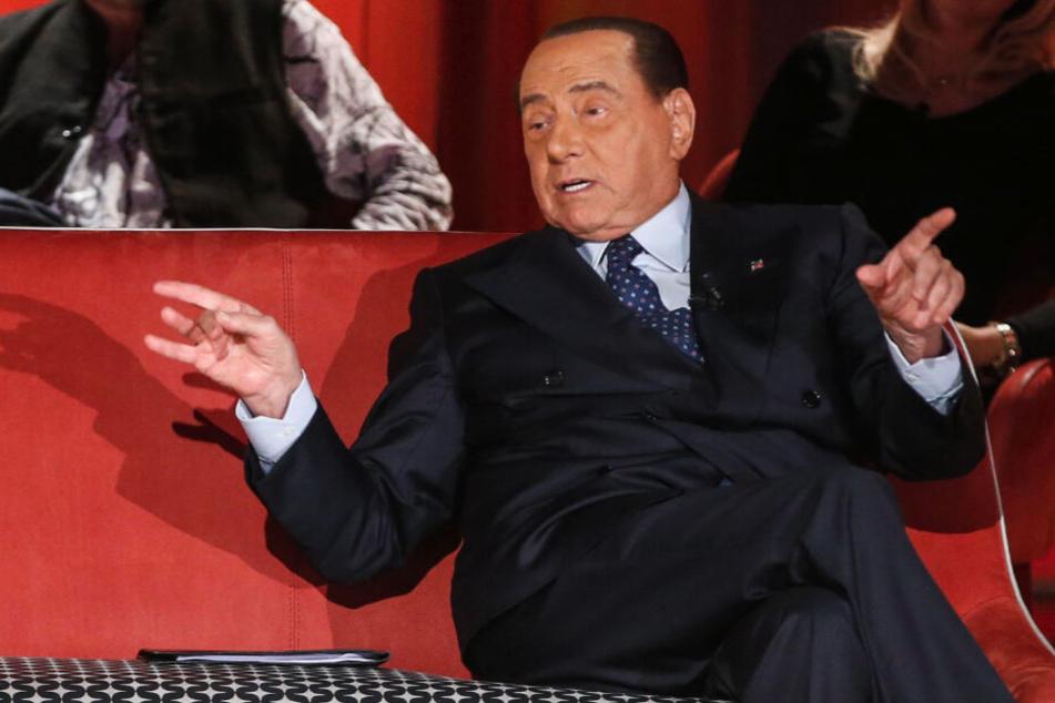 Silvio Berlusconi während der Aufzeichnung einer TV-Show in Rom am 12. November.