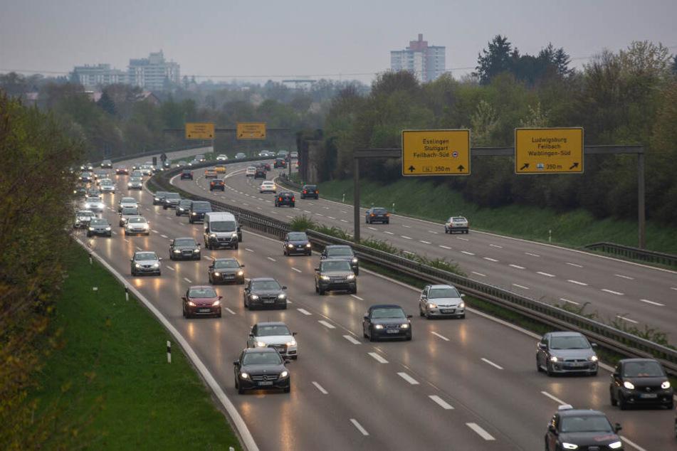 Erhöhtes Verkehrsaufkommen auf der Bundesstraße.