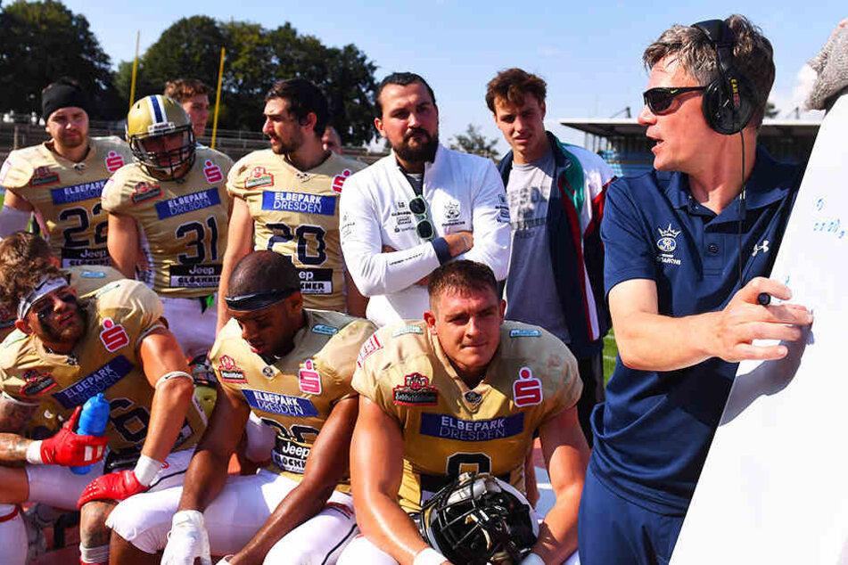 Coach Ulrich Däuber will mit den Monarchs in den German Bowl einziehen.