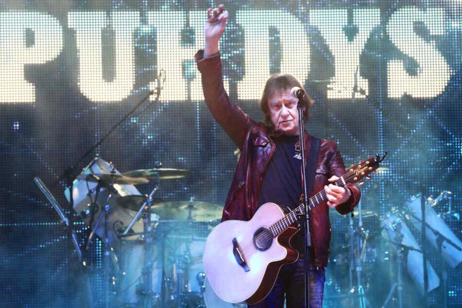 Der ehemalige Puhdys-Sänger macht zurzeit eine Chemotherapie.