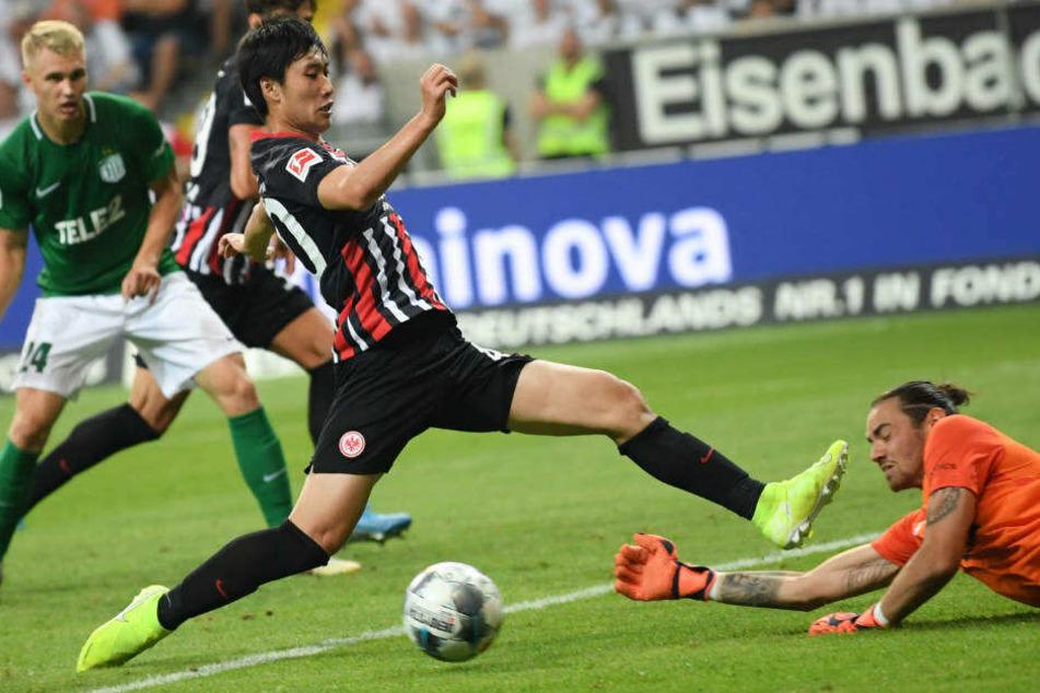 Daichi Kamada zeigte in Spielen gegen Flora Tallinn starke Leistungen und ist die große Überraschung der Vorbereitung.