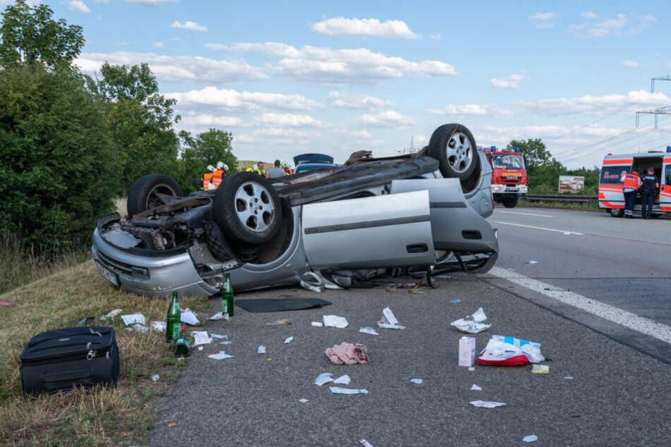 In diesem Auto saß die Familie und wurde schwer verletzt.