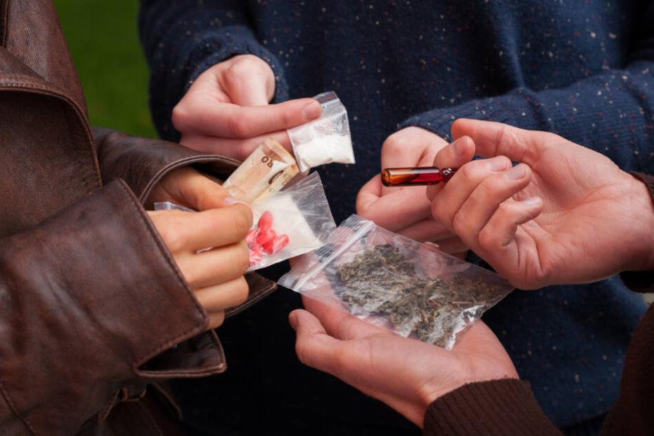 Drogenparty eskaliert: Drei Jugendliche landen im Krankenhaus