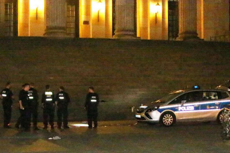 Vor dem Schauspielhaus am Gendarmenmarkt kam es am Mittwochabend zu der Attacke.