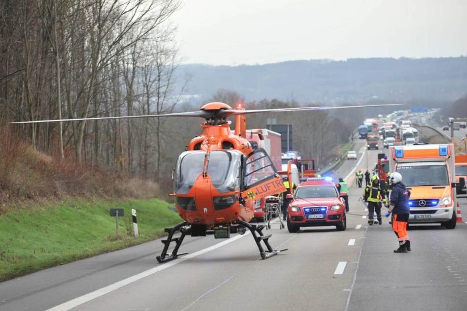 Die A3 bei Siegburg musste am Donnerstagmorgen nach einem Unfall in Fahrtrichtung Köln für mehrere Stunden komplett gesperrt werden