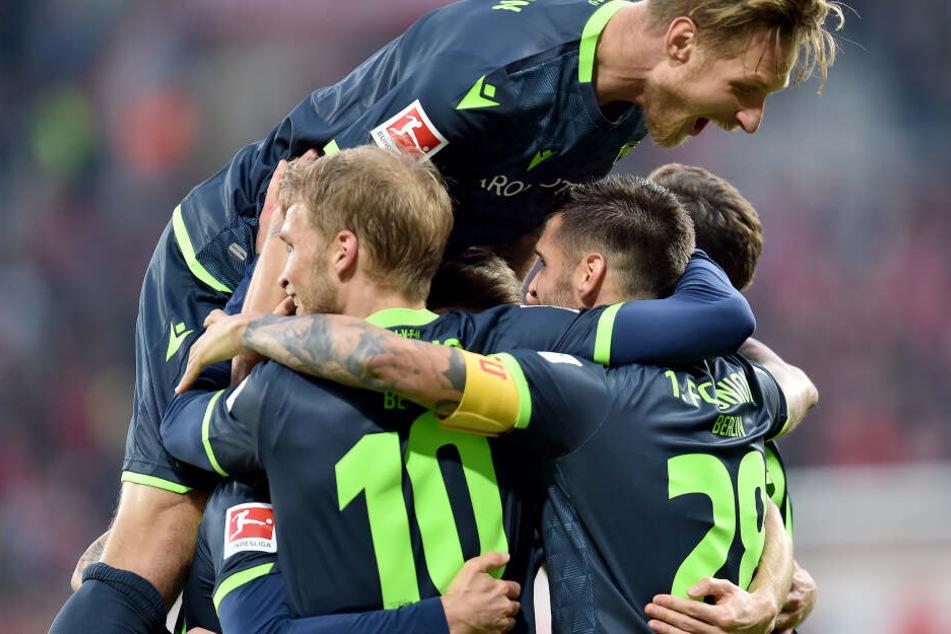 Nach dem Auswärtssieg in Mainz will der 1. FC Union Berlin auch gegen Tabellenführer Borussia Mönchengladbach punkten.