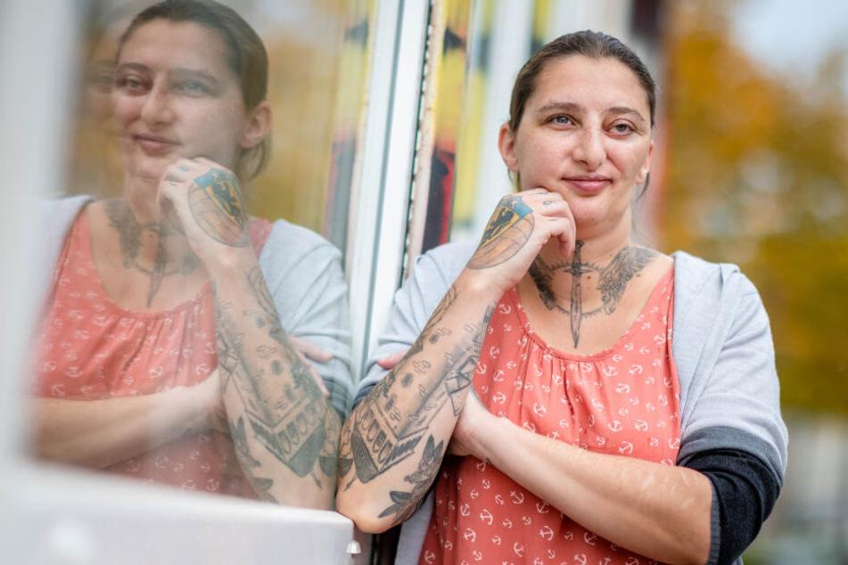 Chemnitz: Junge Mutti sammelt Geld für die eigene Beerdigung: Janine (31) weiß, dass sie an Krebs sterben wird!