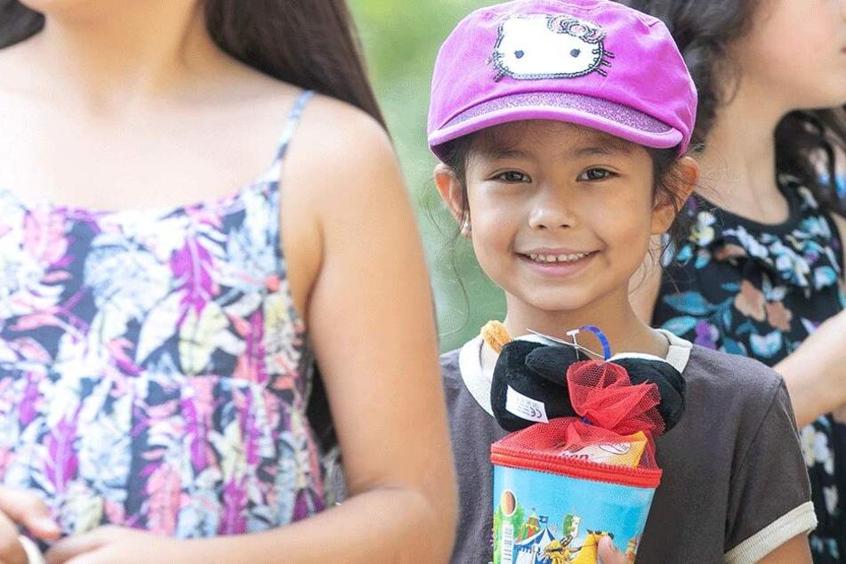 Dresden: Zoo versüßt den Schulanfang: Zuckertüten für die Kleinen